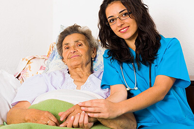 7 LPN Jobs for People Who Love the Elderly
